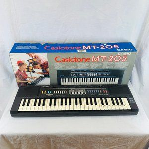 Vintage Retro 80's Portable Synthesize